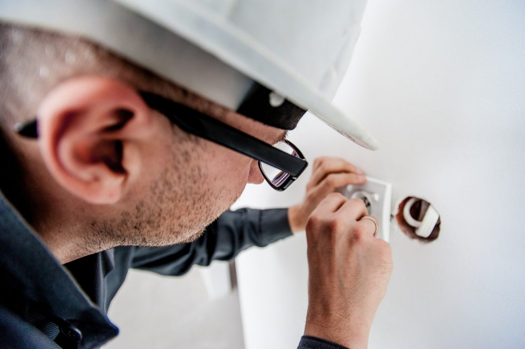 Emergency electrician in Newcastle upon Tyne
